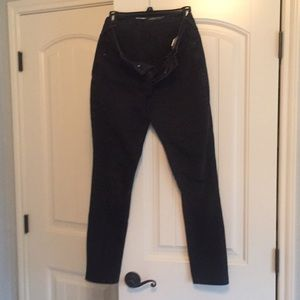 Old Navy Black jeans. Curvy skinny. Size 8 regular